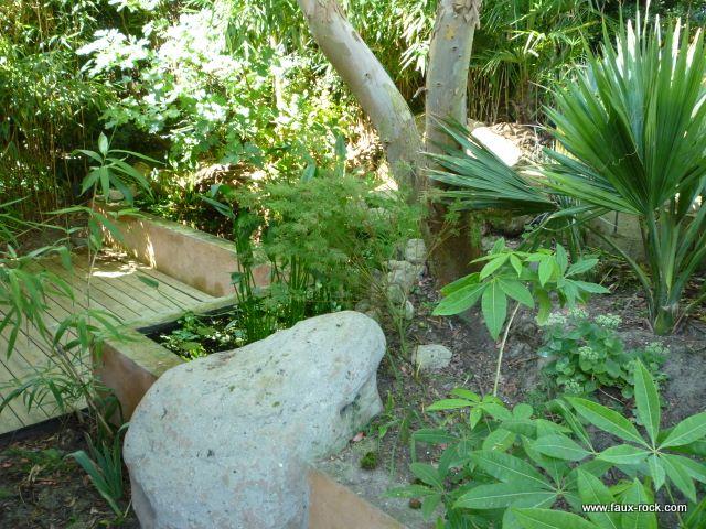 Etape 2 faux rocher recouvrement b ton arm faux - Rocher decoratif pour jardin ...