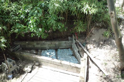Faux rock guide de fabrication amateur de rocher for Decor rocher piscine