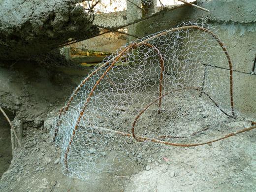 Faux rock guide de fabrication amateur de rocher for Cascade pour bassin aquatique
